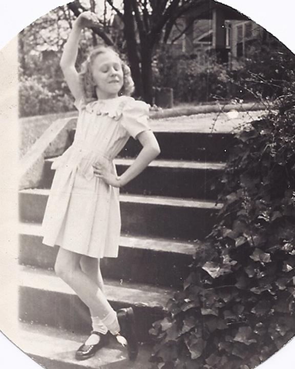 Janet - posing